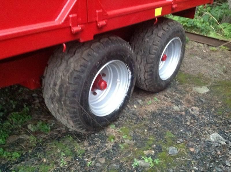 New 15.5 flotation tyres