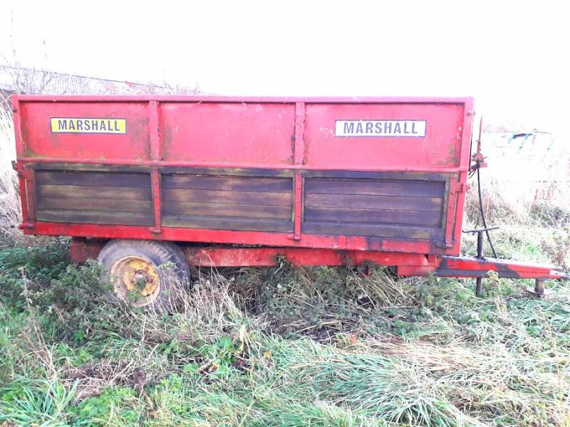 4 Tonne Marshall complete with grain sides (503)