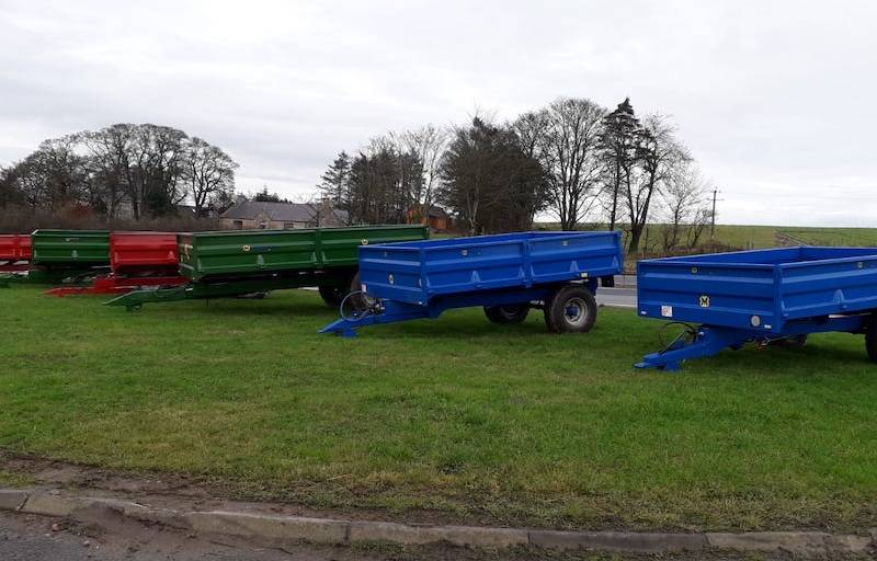 Range of dropside trailers available in various sizes and colours! (650)