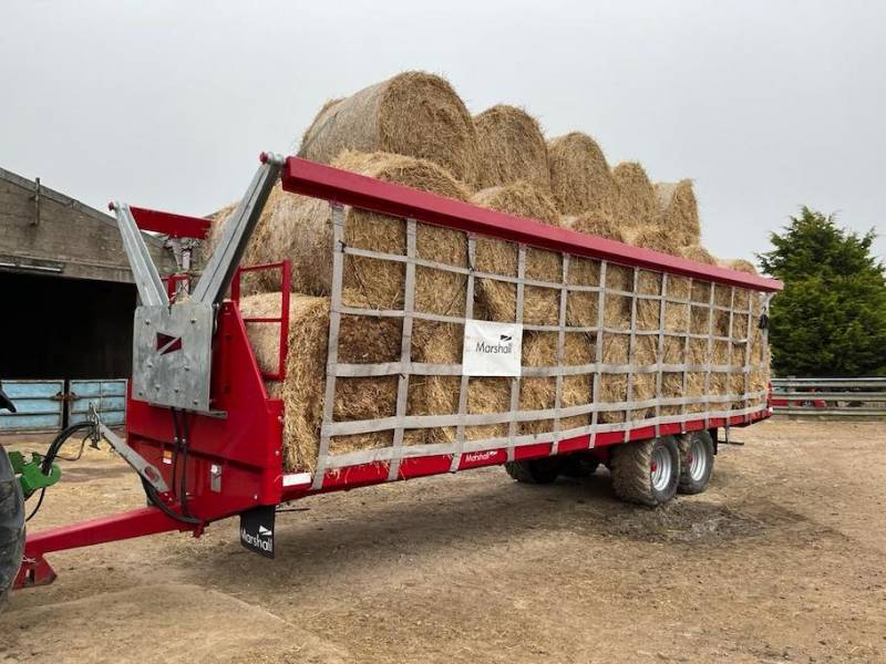 32ft Bale Trailer complete with NEW Marshall Bale Carrier (861)