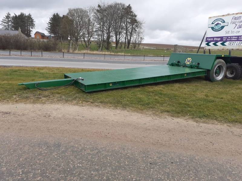16ft low loader, 8-10 tonne capacity, 3 to choose from - IMMEDIATE AVAILABILITY (867)