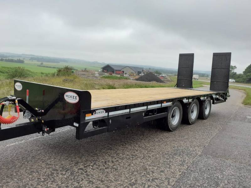 McKee 27 tonne low loader  - AVAILABLE NOW (903)