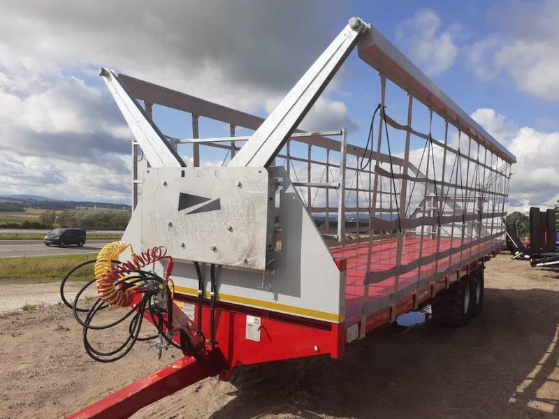 *HIRE NOW* 32ft Bale Trailer complete with the Easy Secure System - AVAILABLE NOW (1 left) Demonstrator Price (939)